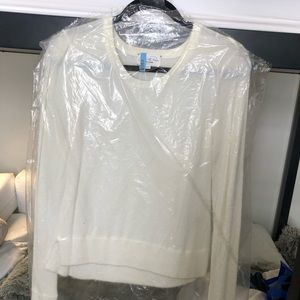 NWOT feel the piece fluffy white crew neck sweater
